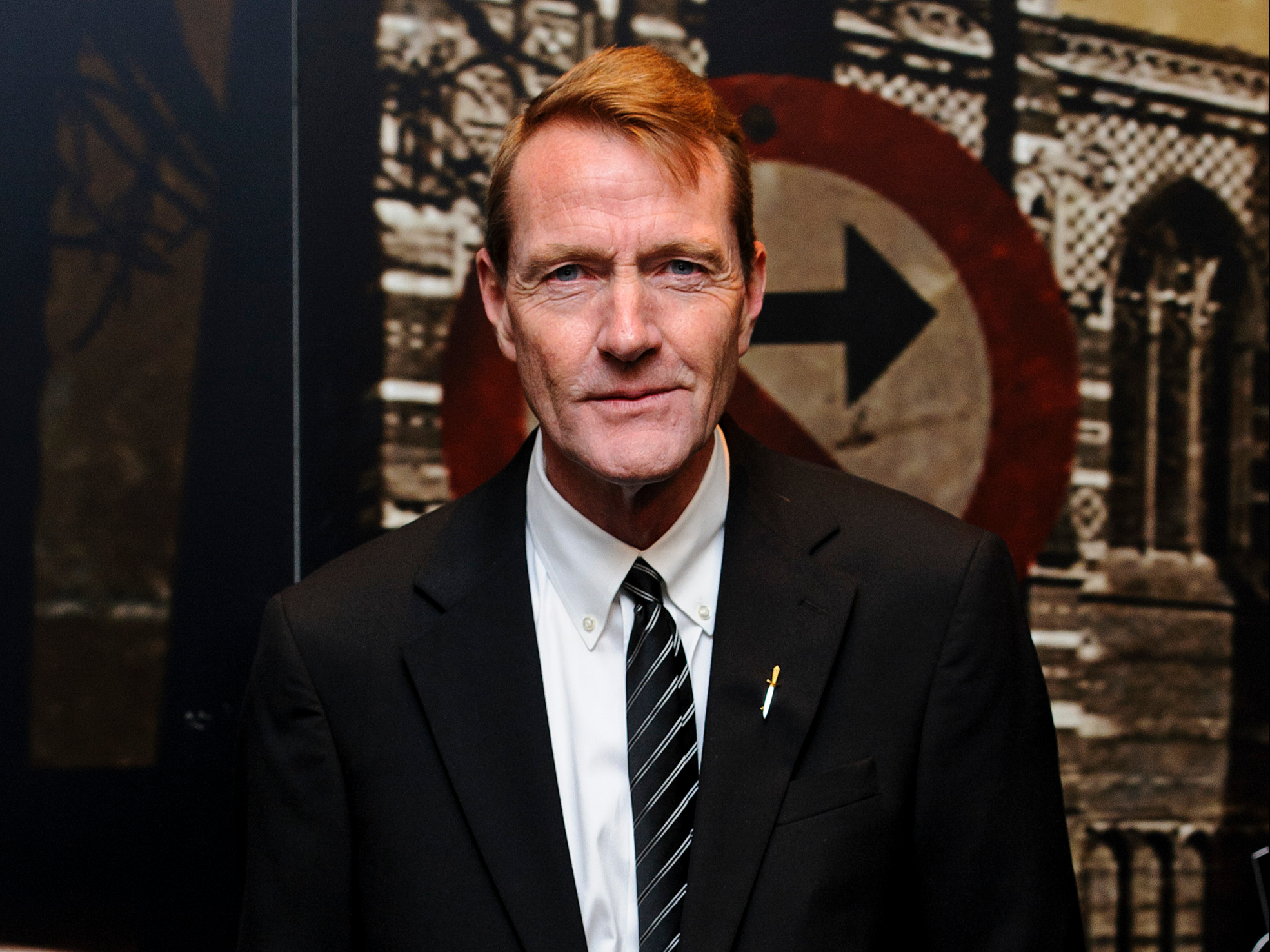 Thriller writer Lee Child says reading PDFs instead of books has been a negative