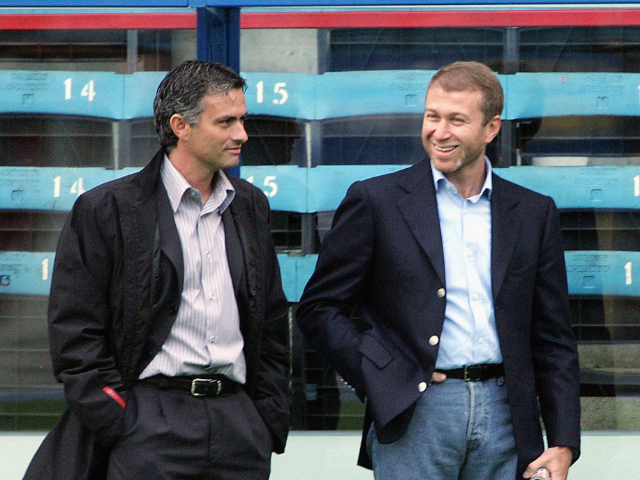 Roman Abramovich with Jose Mourinho in 2004